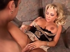 With her pair of huge, merry scoops and a mesmerizing looks, that babe really...