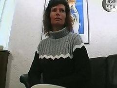 Milf can't live without to show off her sucking skill