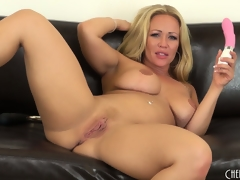 Austin Taylor licks her chops like a whore after this babe orgasms