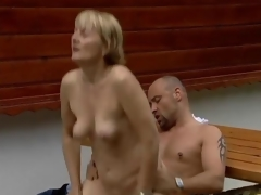 Horny mature widely applicable gets nailed on a meal alfresco enter clip